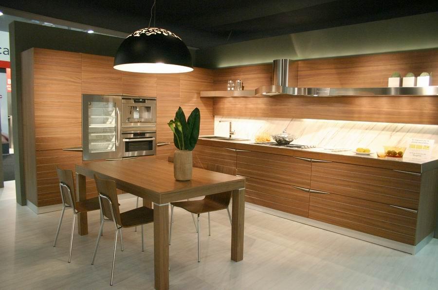Fiera del mobile bergamo stand cucine snaidero for Fiera arredamento bergamo