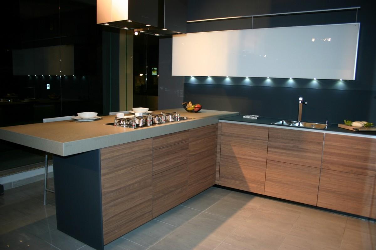Cucina artematica noce tattile valcucine carminati e - Colore noce canaletto ...