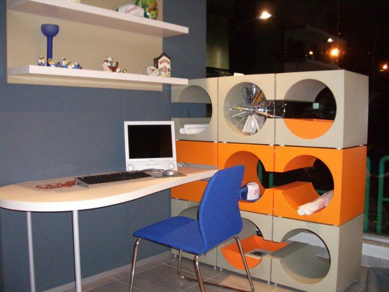libreria e scrivania a prezzo occasione