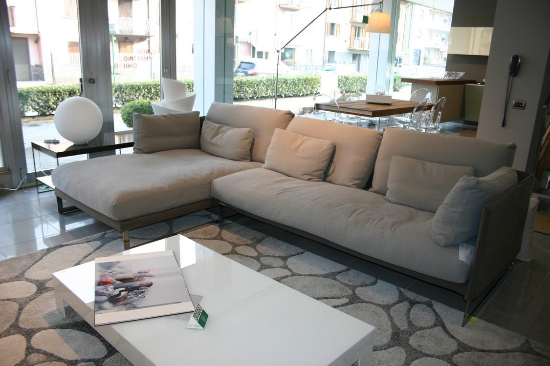 Promozione salotti e divani saba carminati e for Arredamento divani