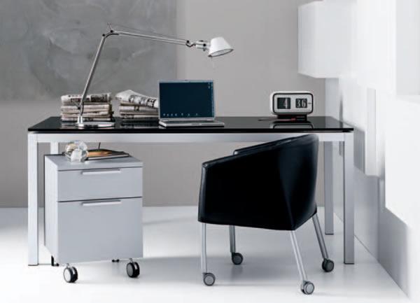 Arredare lo studio di casa con complementi oggetto for Studio arredo casa
