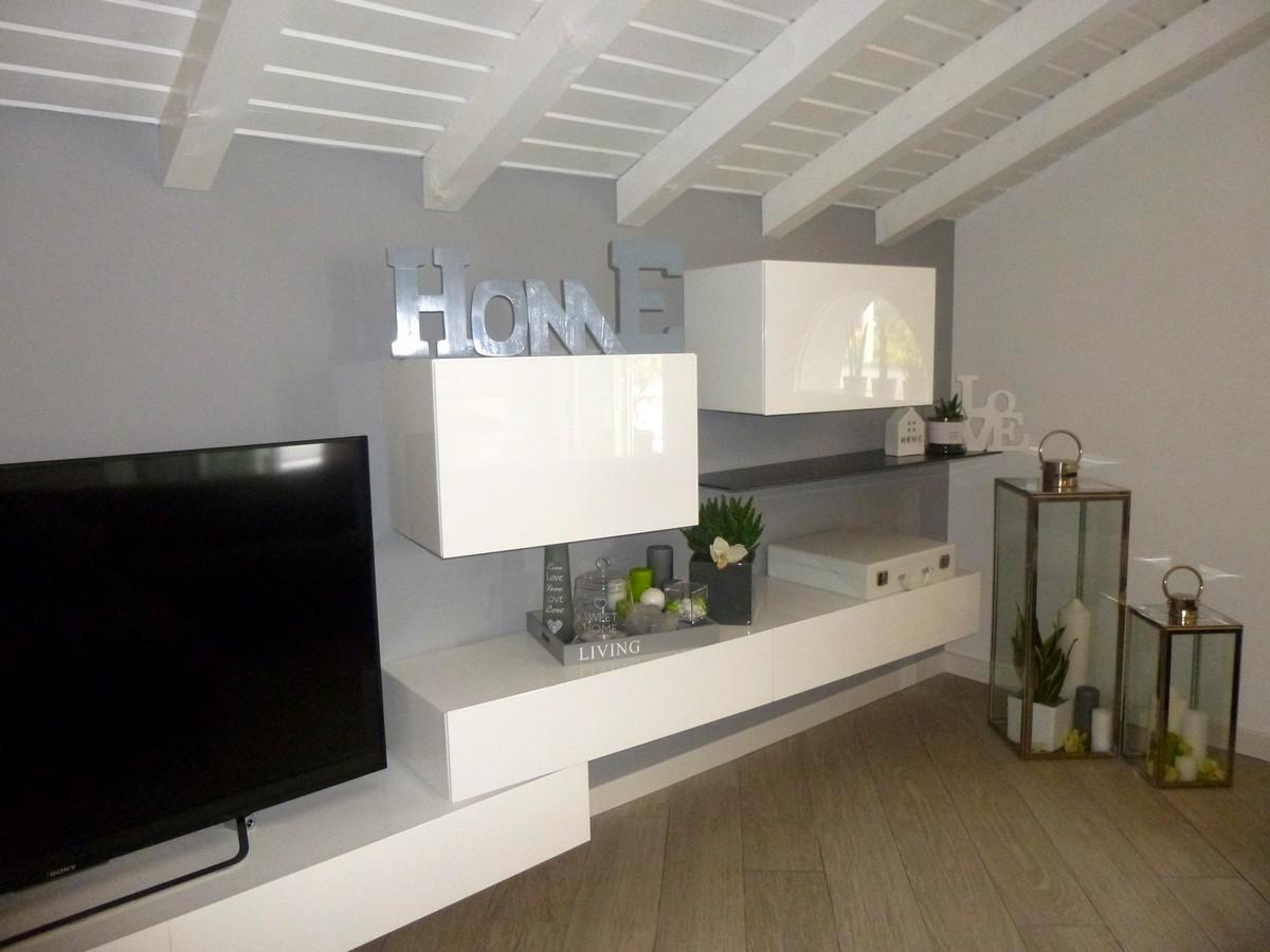 progettazione e realizzazione di un arredamento moderno a Bergamo