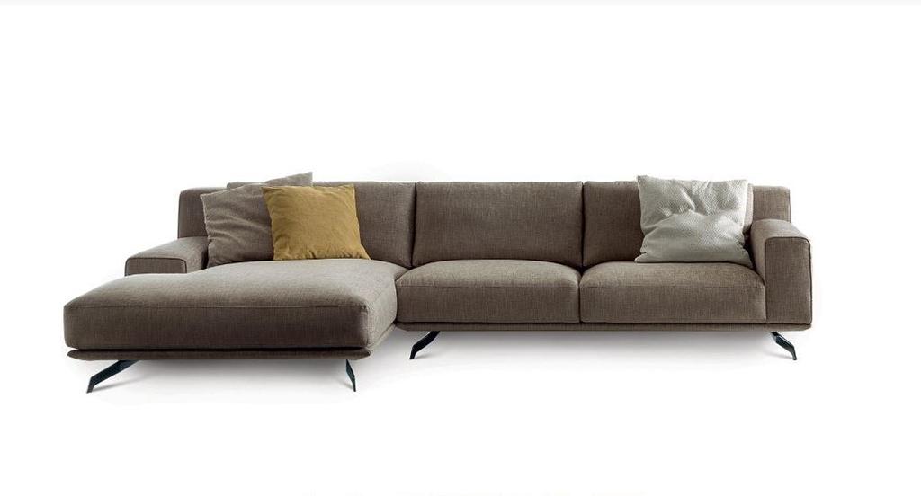 Divani con penisola spazio al riposo su divani con - Divano letto con penisola prezzi ...