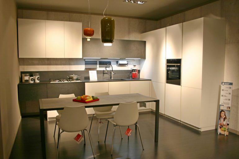 cucina Solida La Casa Moderna laminato ardesia e bianco in promozione Zogno Bergamo