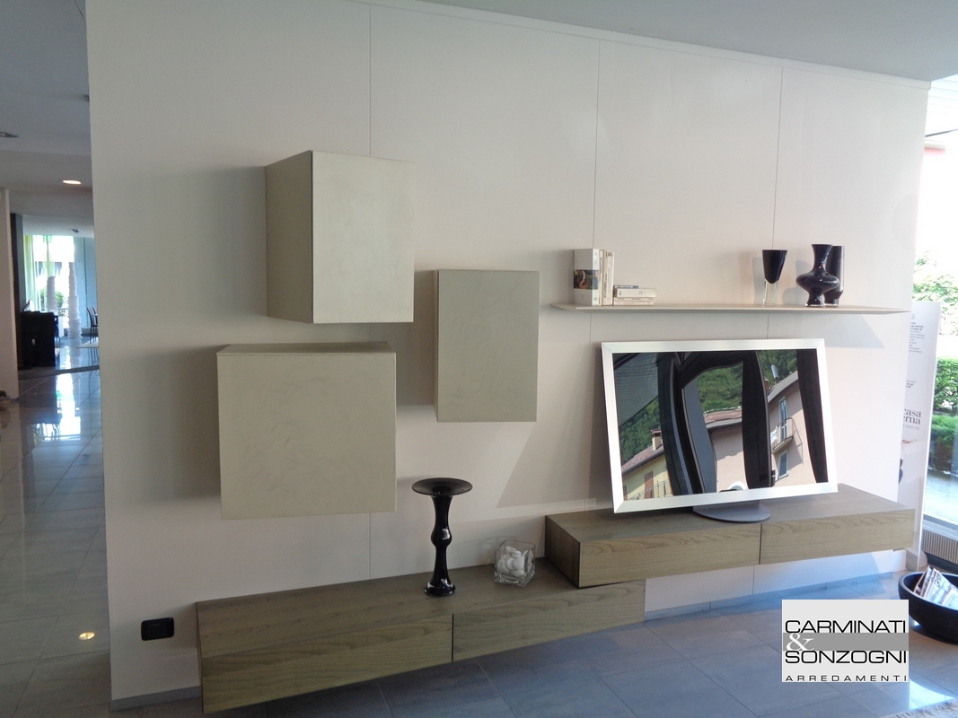 Inclinart Presotto mobile soggiorno, pensili e basi inclinate.