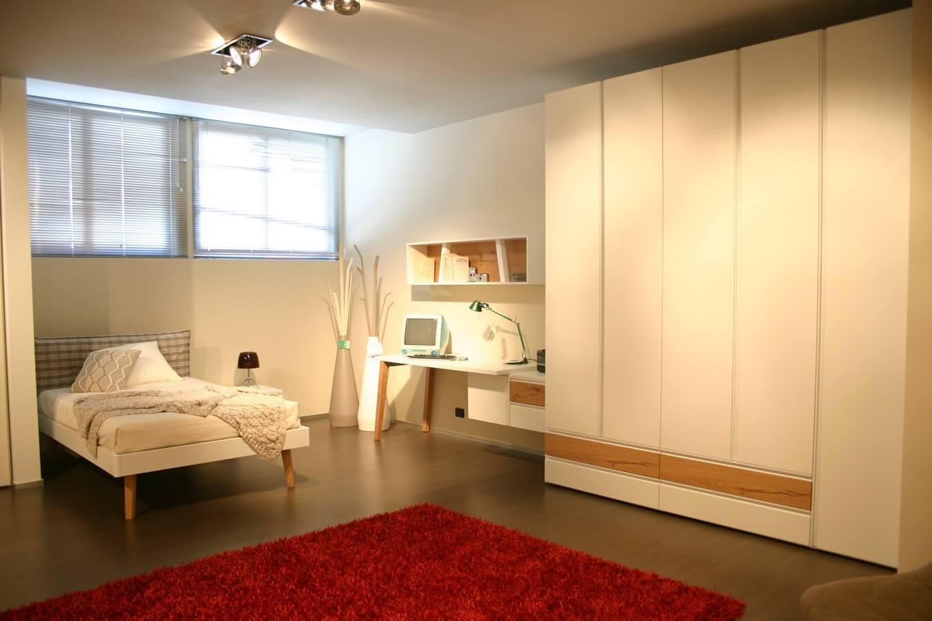 promozione camerette Clever con armadio, scrivania, letto da una piazza e mezza in vendita nel nostro negozio di Zogno, Bergamo, consegne anche a Milano