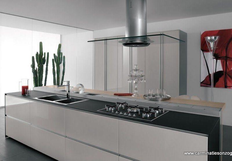 Cucina valcucine in vetro mod.artematica vitrum bianca