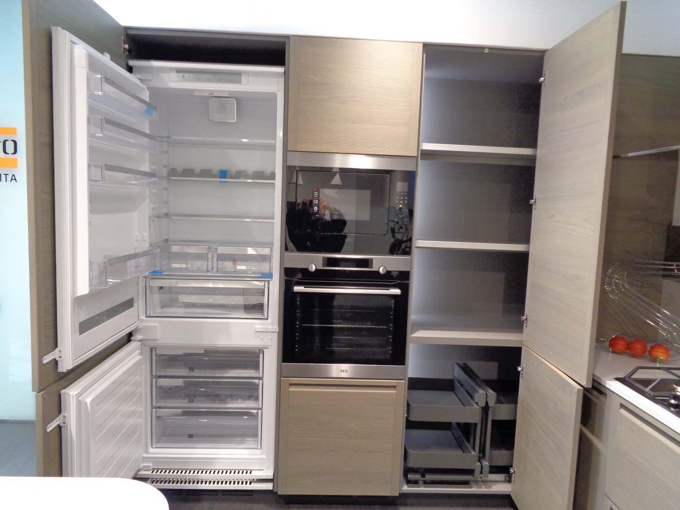 frigo da 400 lt cm. 70 Whirlpool classe A+