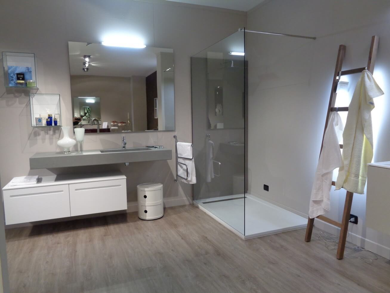 In cerca di idee e mobili da bagno diversi dal solito for Arredo bagno piacenza e provincia