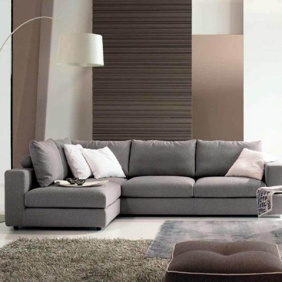 salotto SOHO, divano lineare con penisola reversibile